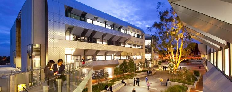افضل جامعات الطب في استراليا - جامعة ديكن